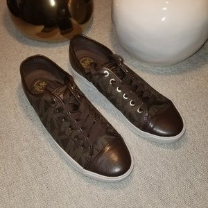 EUC MCHAEL KORS Sneakers
